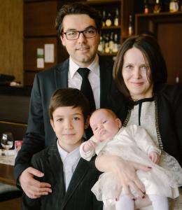 crop familia toti 4 botez-1